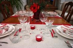 Noel Renne - table