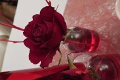 Saint-Valentin-Rose-dans-vase